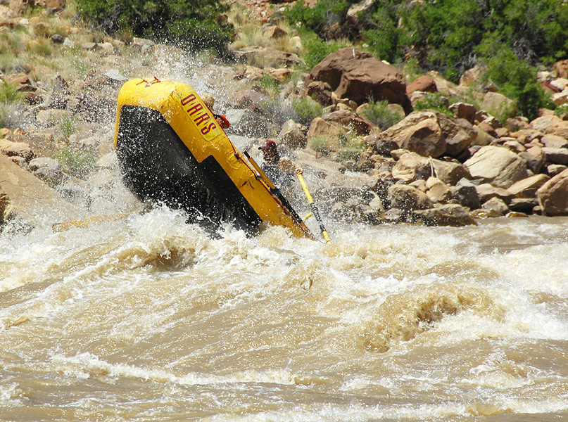 Cataract Canyon Whitewater Rafting