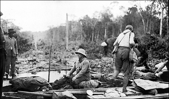 TR_&_Rondon_River_of_Doubt_in_Canoe_1913