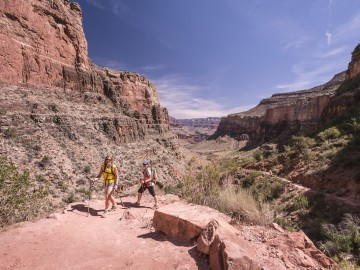 Grand Canyon Hiker | O.A.R.S.