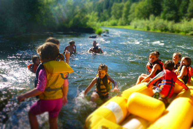 Why Kids Need a Daily Dose of the Outdoors