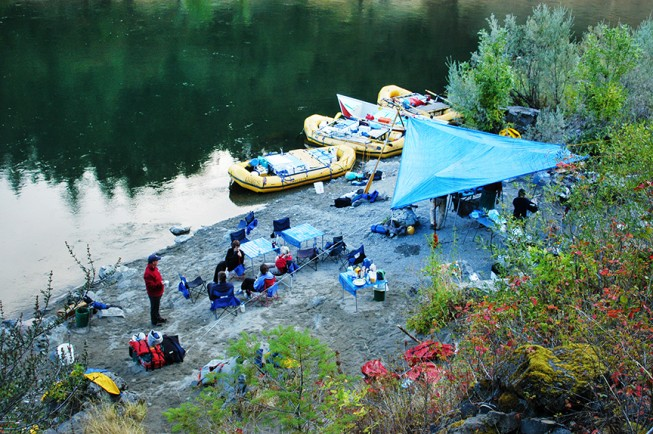 Battle Bar Camp, Rogue River | Photo: Stephen Kautz