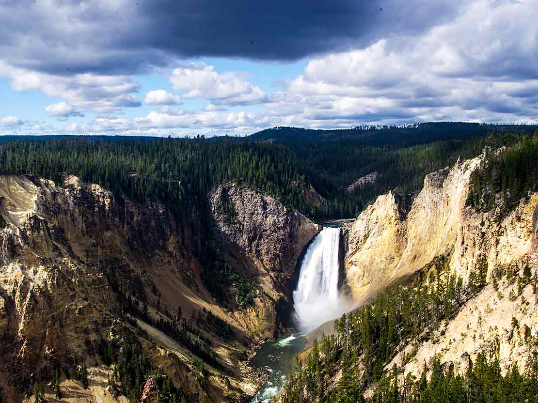Yellowstone National Park Tours with O.A.R.S.
