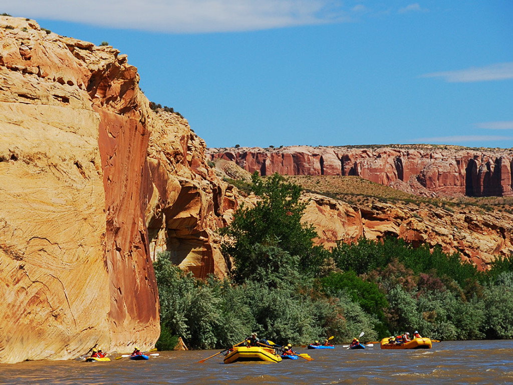 5 of the Best Utah Whitewater Rafting Trips | San Juan River Rafting