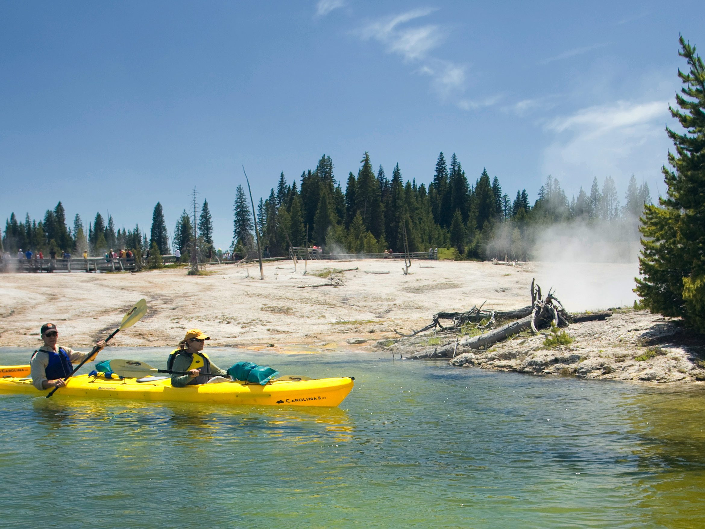 Yellowstone Tours Yellowstone Kayaking With Oars