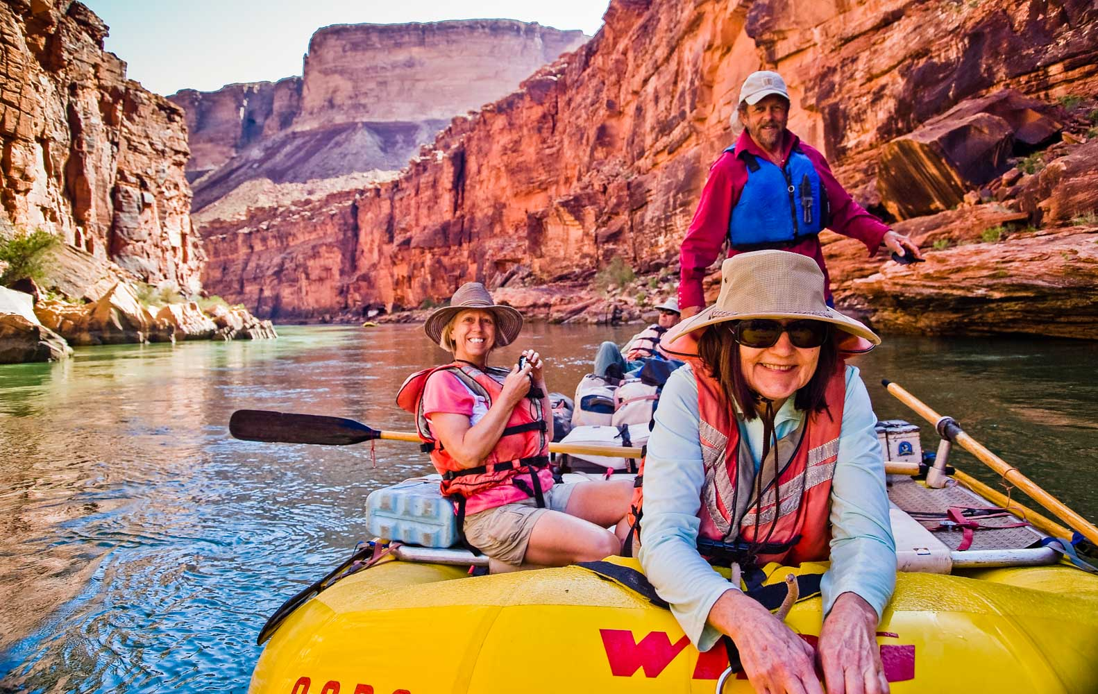 Grand Canyon Rafting With Oars Lees Ferry Lake Mead