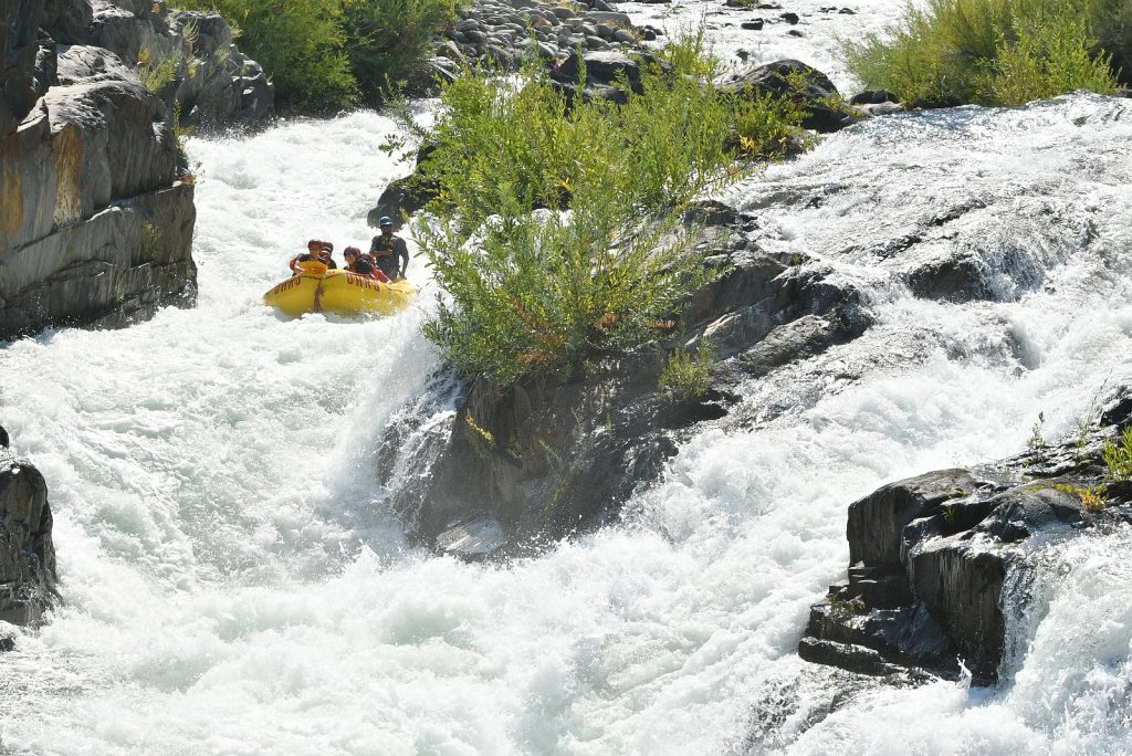 American River Rafting: Tunnel Chute