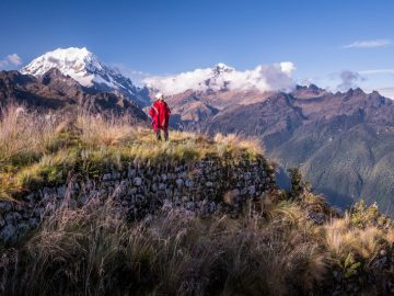 10 Bucket List Hikes Around the World